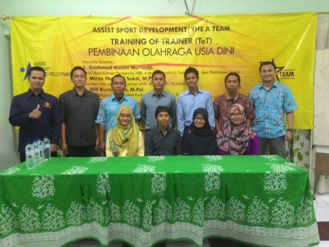Berbagai profesi dalam Assist Sport Development Program (Training of Trainer Pembinaan Olahraga Usia Dini)