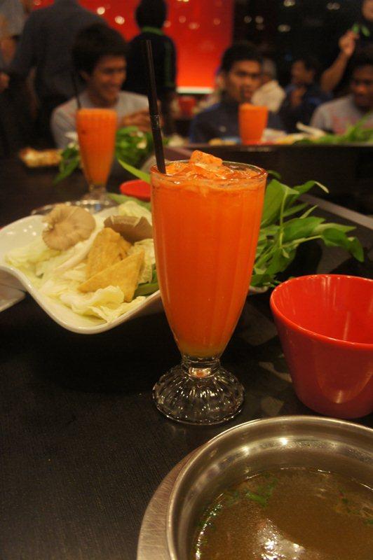 Jus buah atau sayur juga baik sebagai sumber vitamin C